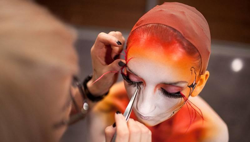 maquillaje de halloween para mujer paso a paso