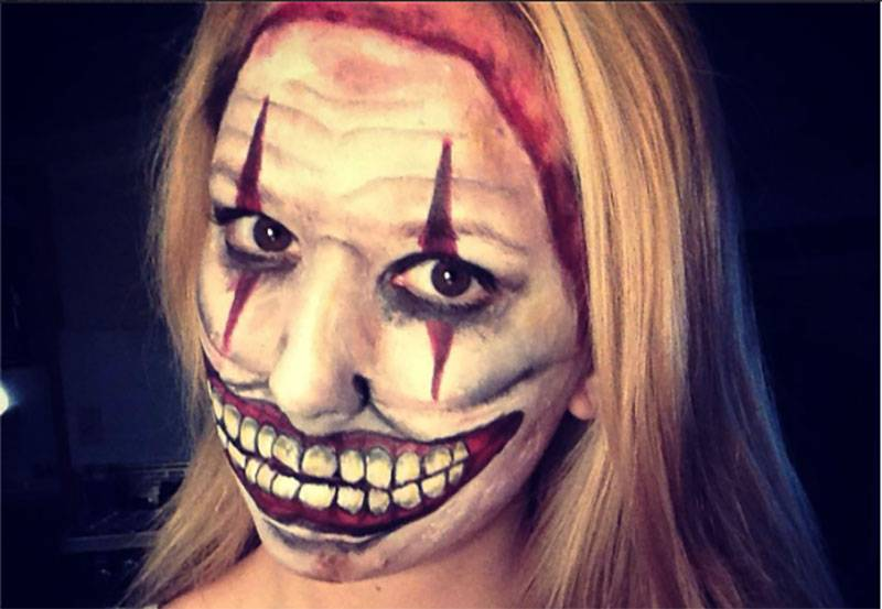 maquillaje payaso asesino mujer